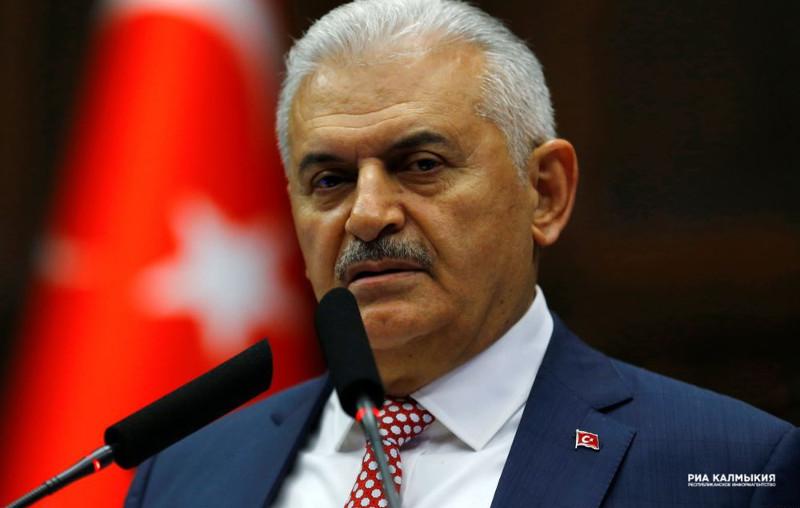 Эрдоган лишил неприкосновенности депутатов турецкого парламента