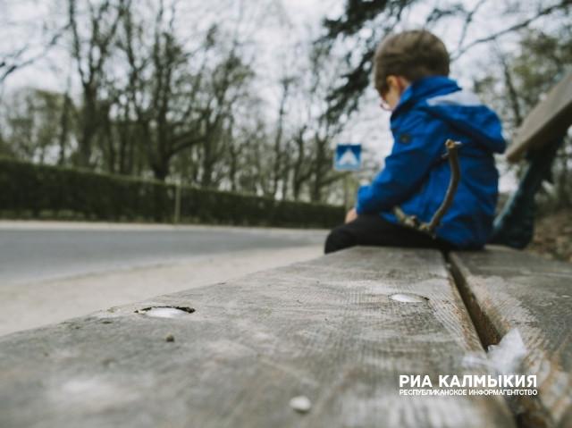 Пропавших астраханских детей отыскали вКалмыкии