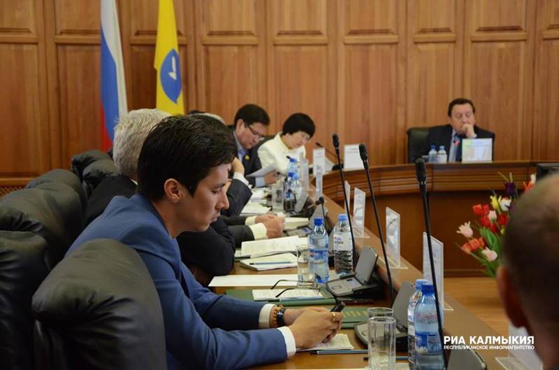 ОЗС получит право заслушивать управляющих территориальных подразделений федеральных органов