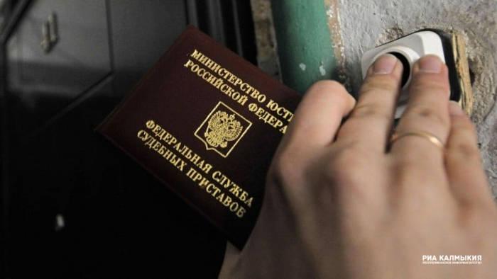 Орловским приставам дали право задерживать алиментщиков