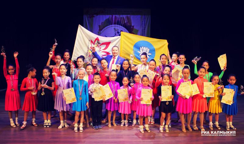 Привычка побеждать. Юные танцоры из Калмыкии произвели фурор в Астрахани