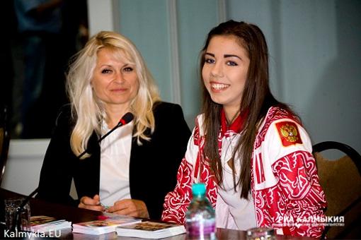 Интервью с Героем Калмыкии. Что нового рассказала Алина Макаренко?